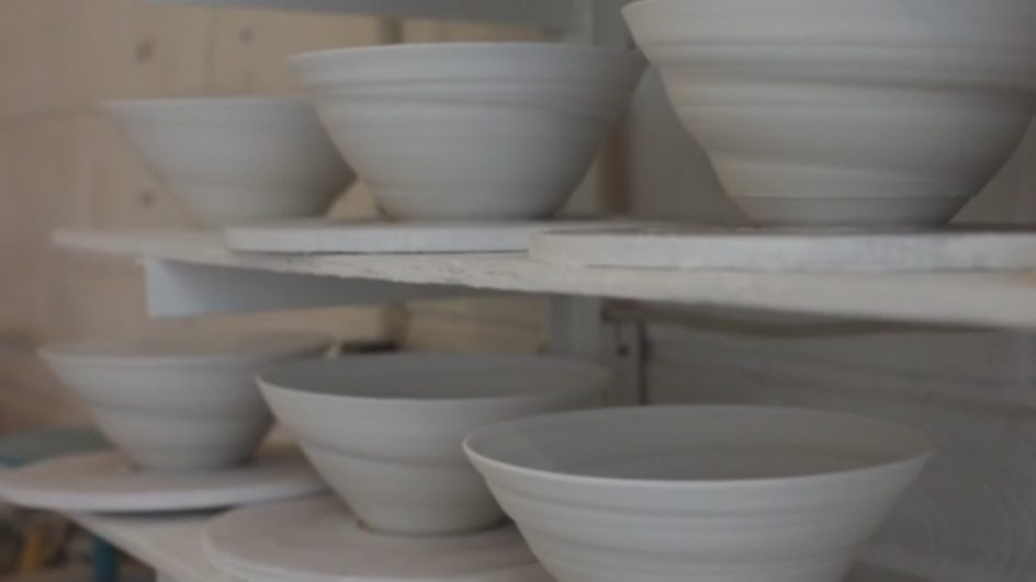 Lines in Porcelain: Vessels and Light